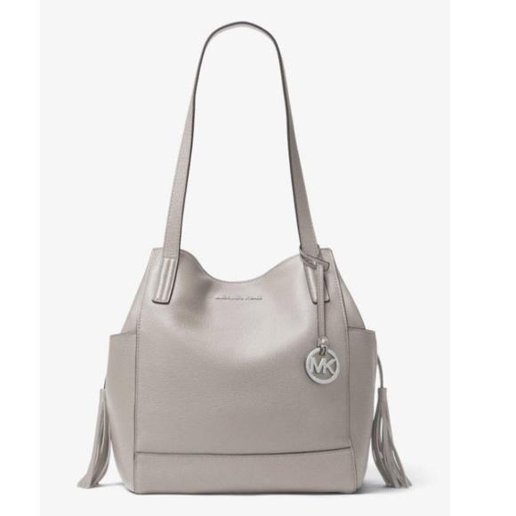8e3c852a5c9e Michael Kors Ashbury Large Grab Bag Pearl Gray